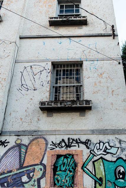 Casa na Paula Gomes - detalhe janelas
