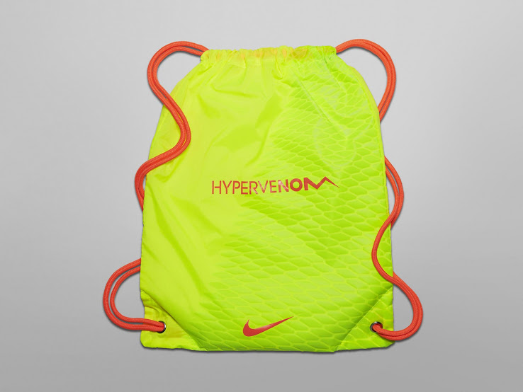 Nike Hypervenom Phantom III AG Pro Football Boots