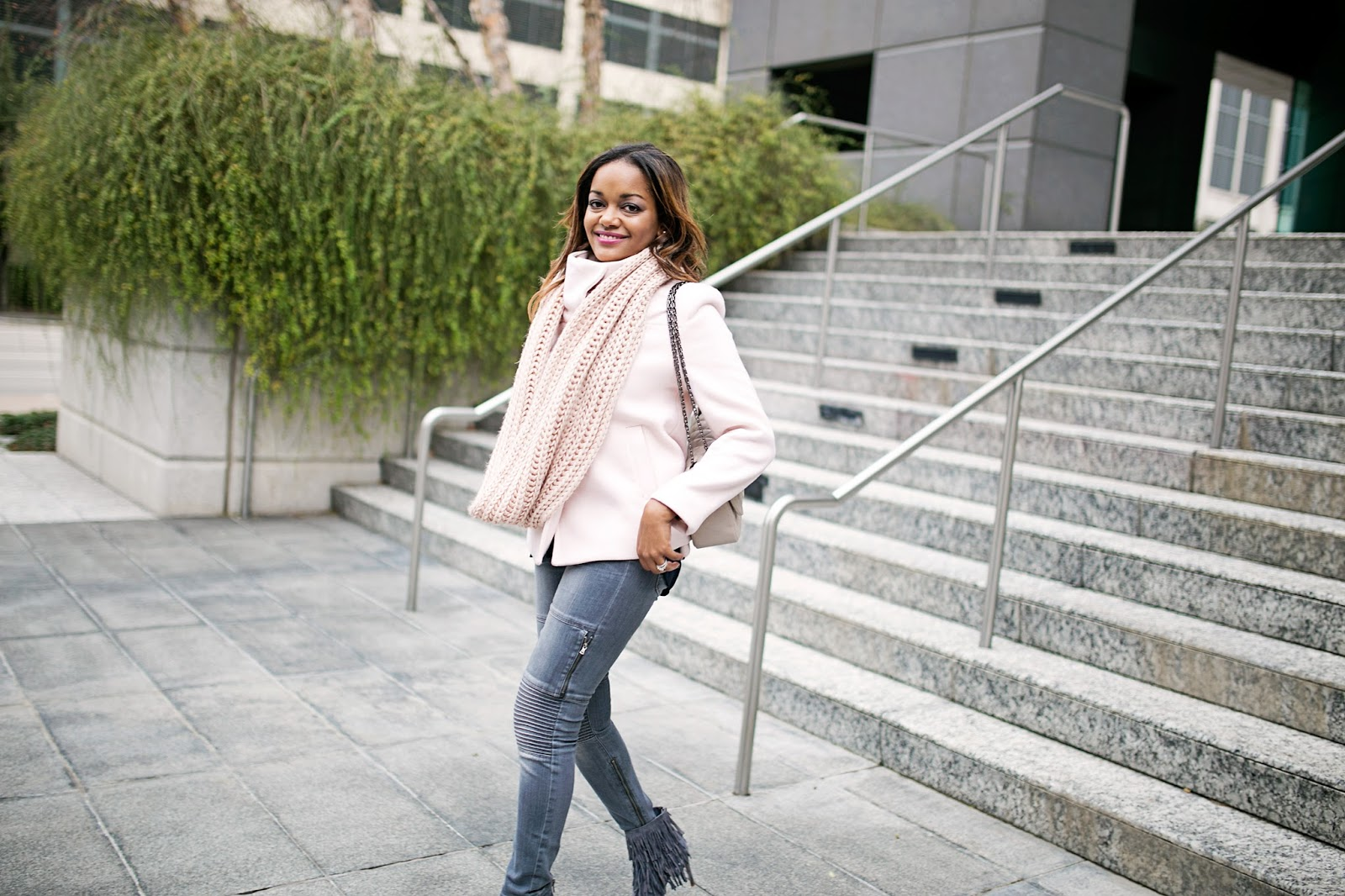 blush pink coat, chanel look for less, quilted handbag, fringe booties, fringe, j brand jeans, how to wear infinity scarf, dallas blogger, fashion blogger, black girl blogger, steve madden flapper booties, old navy coat