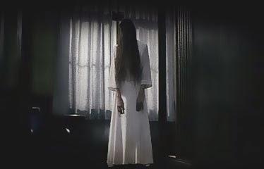 espiritu de mujer onryo cabello largo