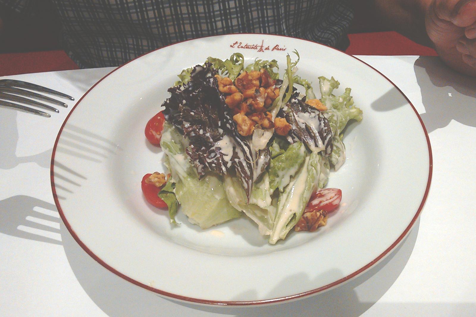 prato entrada salada restaurante L'Entrecôte de Paris