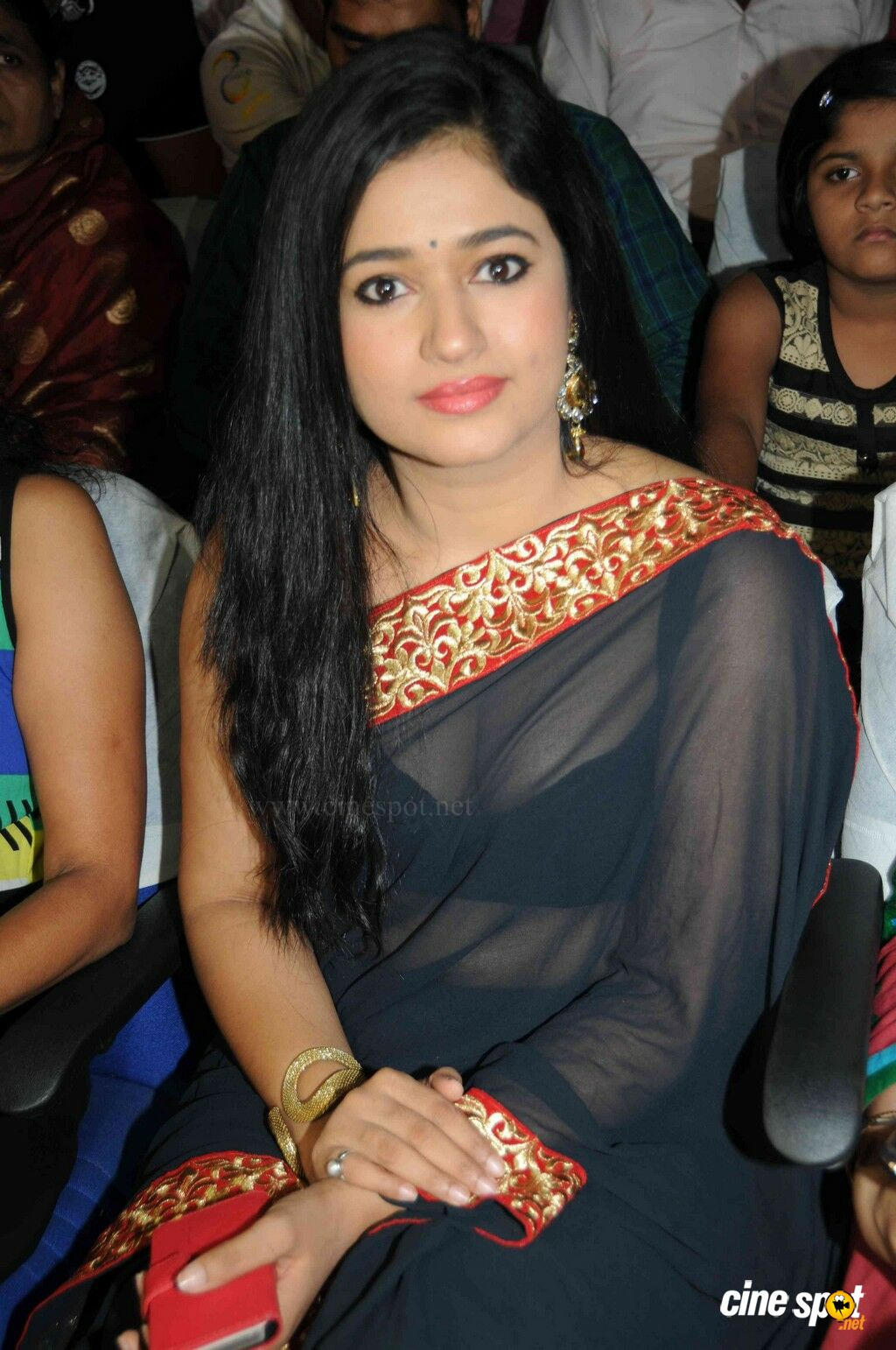 Pretty Poonam Bajwa Amazing Photo Collection  Facts N