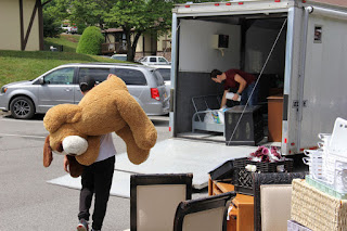 Tori Bates and Bobby Smith moving