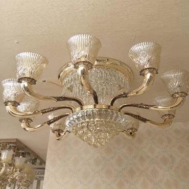 Tạo dấu ấn riêng cho phòng khách với đèn ốp trần thủy tinh cao cấp đẹp