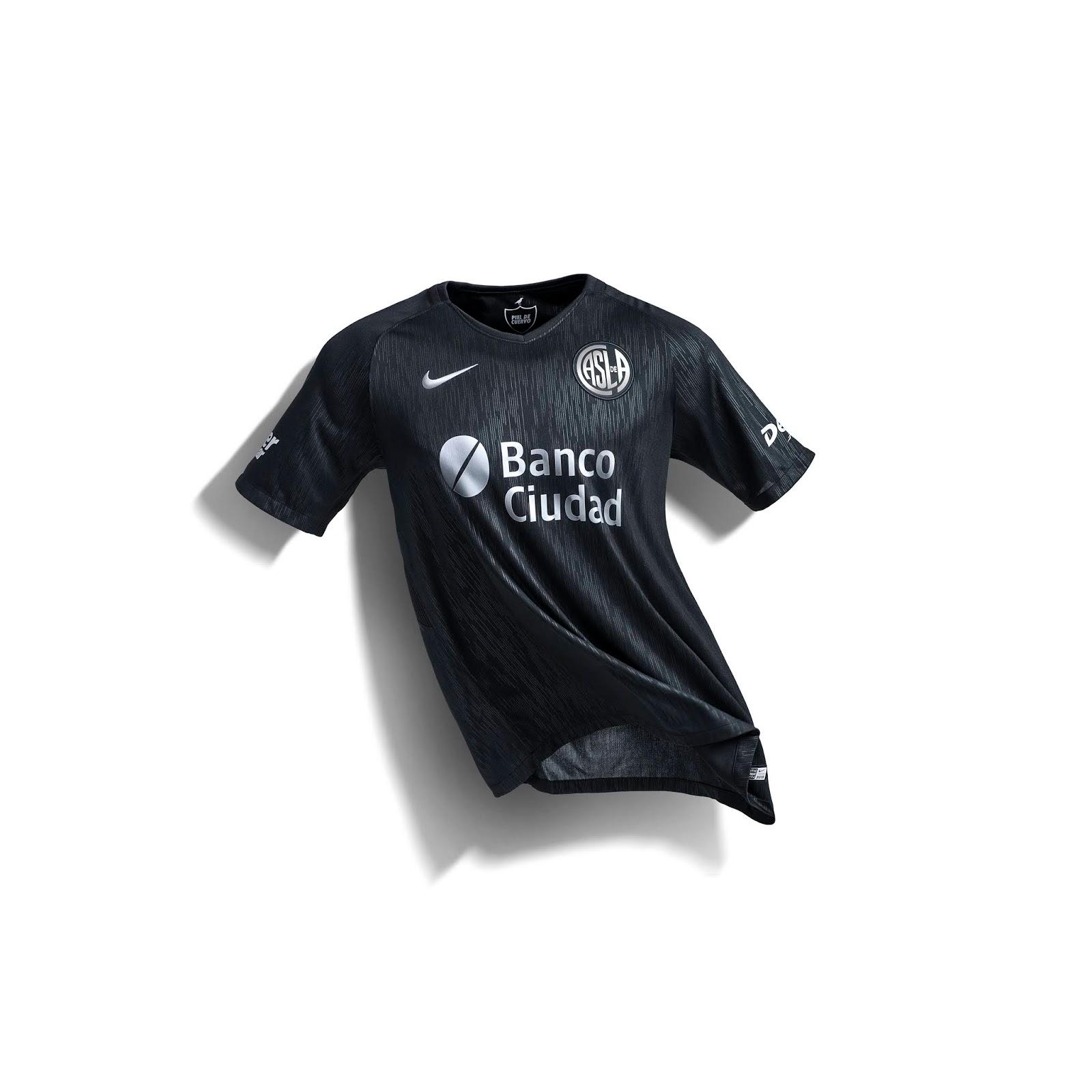 POLIDEPORTIVO NEWS  Fútbol  San Lorenzo estrena nueva camiseta