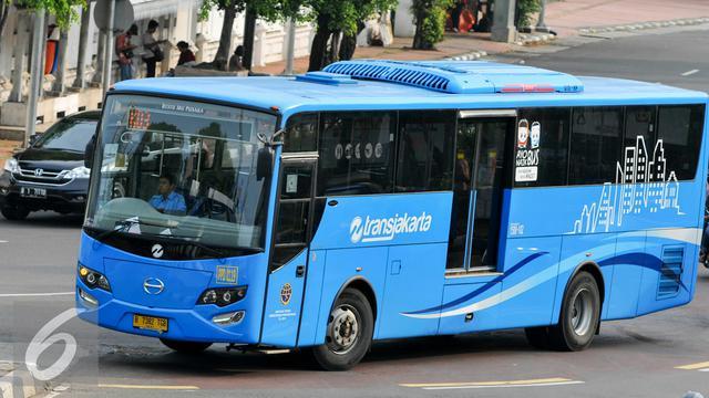 Lowongan Kerja SMP SMA D3 S1 Transjakarta, Jobs: Mekanik, Pengemudi Bus, Petugas Cuci Bus, Petugas Layanan Bus.