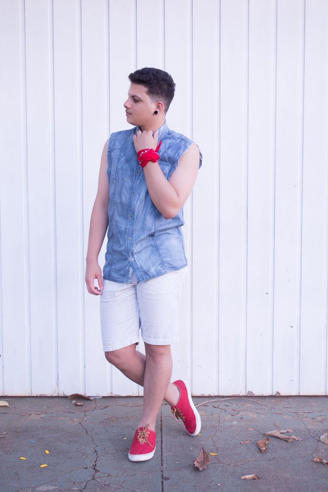 look masculino com tenis vermelho