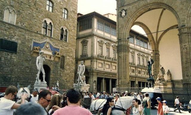 Sobre a Piazza della Signoria em Florença
