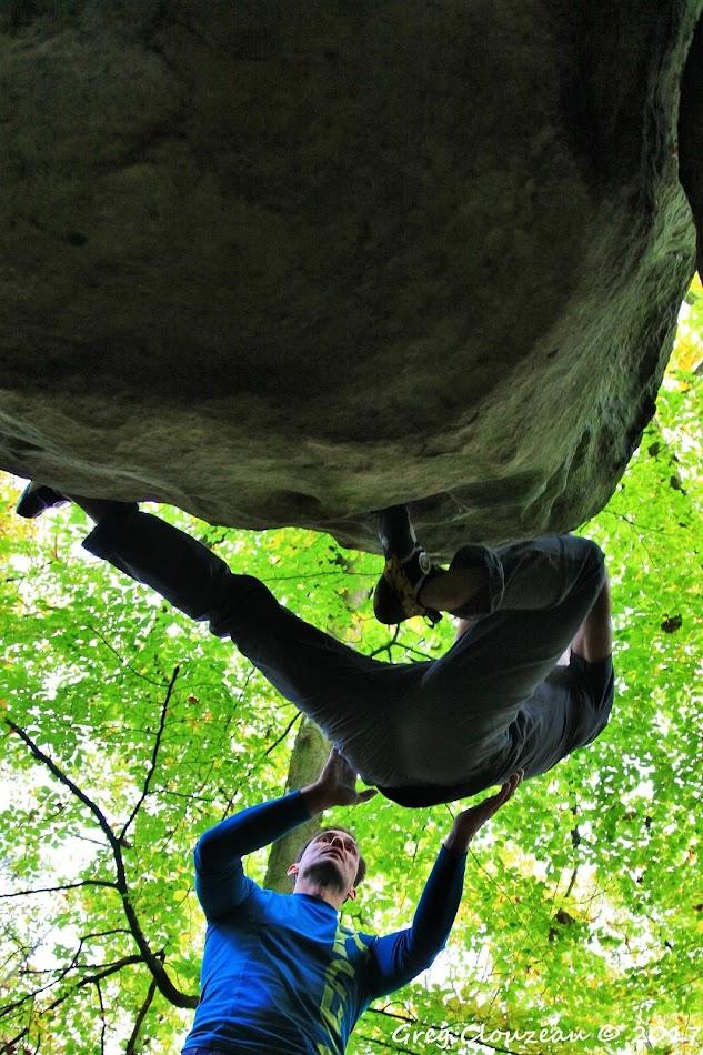 Laurent Bardiau dans Sous Vent, 6A, Mont Ussy, Fontainebleau
