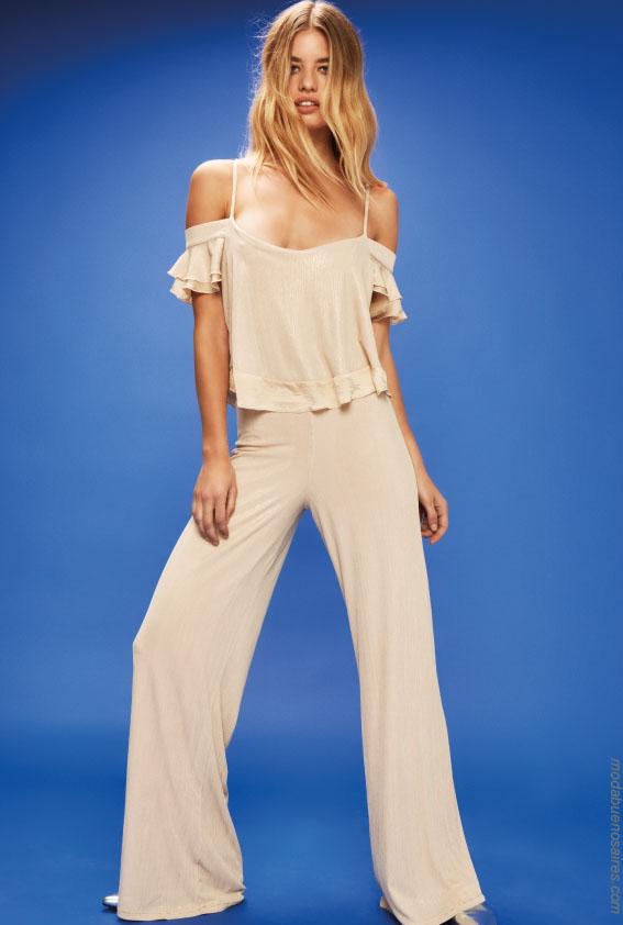 Mono primavera verano 2018. Ideas para outfits casuales urbanos.Moda. #Moda #Estilo