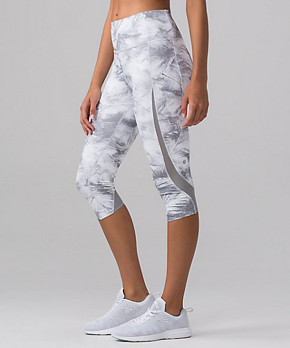 lululemon breeze-by crop
