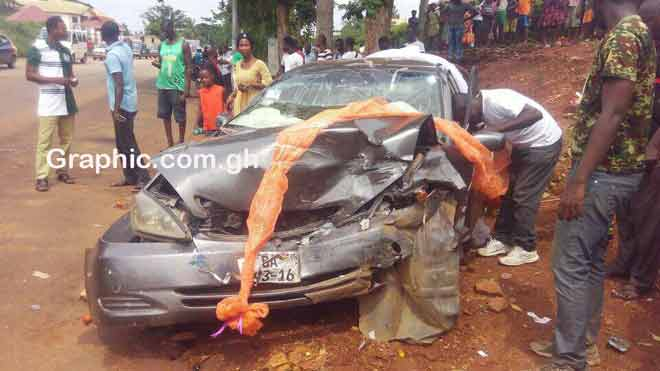 Wedding errand vehicle involved in accident; taxi driver killed at Sunyani-Abesim Highway