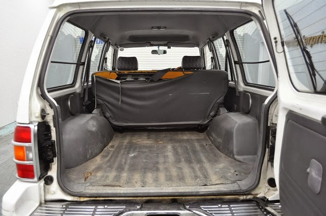 1995 Mitsubishi Pajero 4WD for Zambia to Dar es salaam