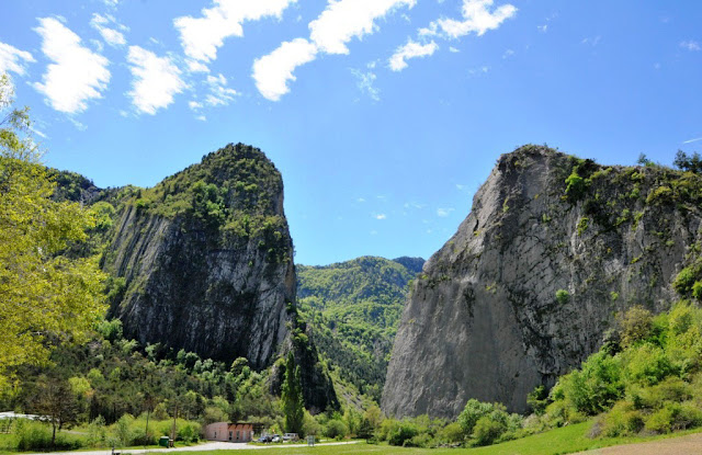 la durance, haute provence, provençaalse alpen, sisteron, sigoyer, les pénitents de mées