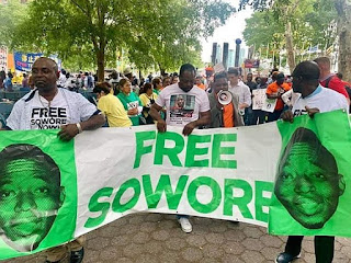 Shocking!! DSS Fires Gunshots At Journalists At Free Sowere Protest