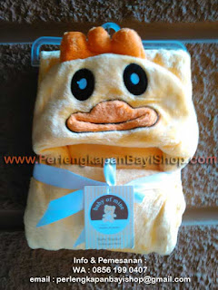 Selimut Bayi Lucu Bertopi Yellow Chicken