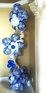 Elegant flower balloon column
