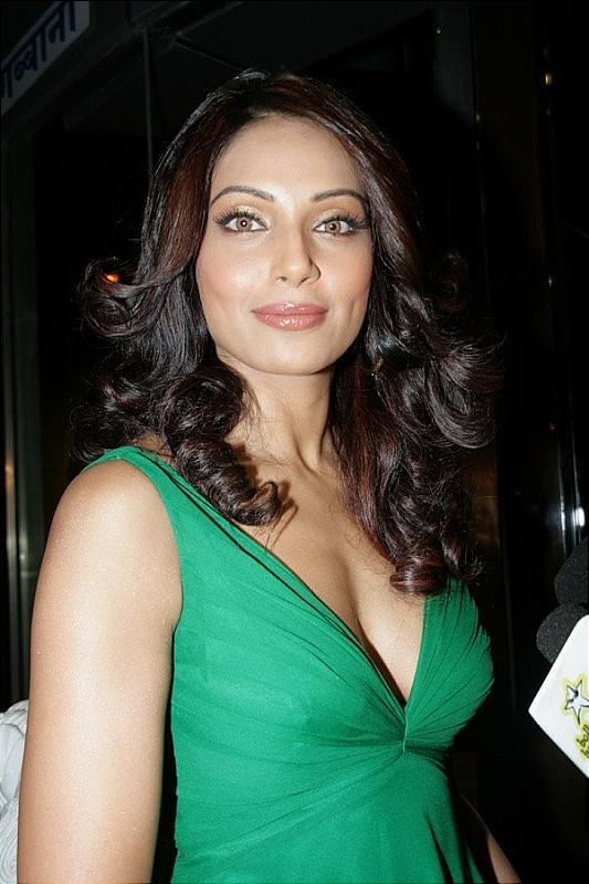 Bipasha Basu Image Gallery  My Cute Actresses-4602