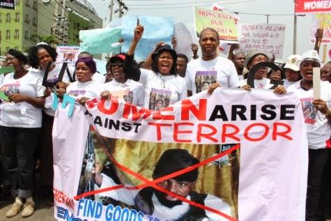 01 Femi Kuti, Jide Kosoko, Odumakin join women protesters in Lagos