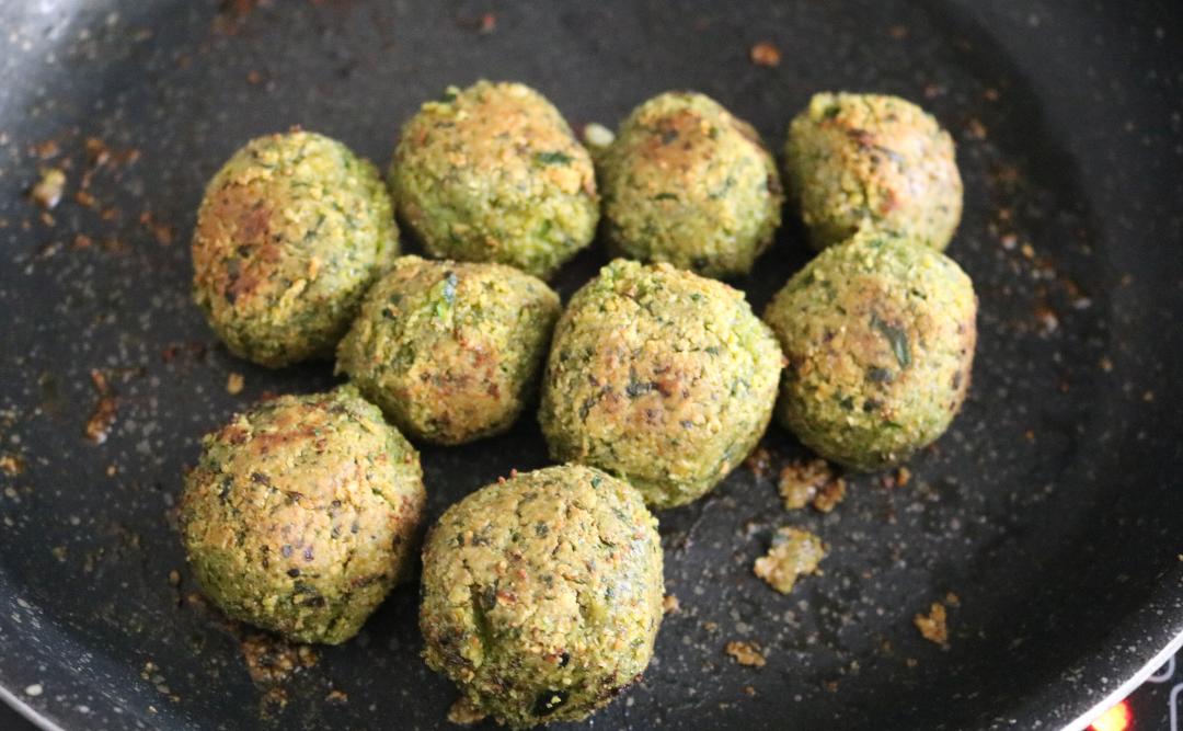 Spinach & Oat Flour Falafels recipe (Vegan/Dairy-Free)