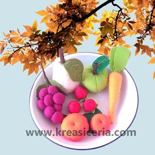 Aneka buah-buahan dari kain flanel