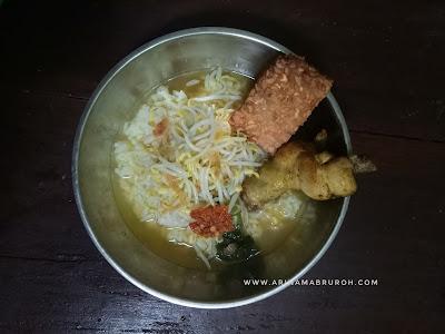 Resep Soto Ayam Bening Rumahan yang Lezat dan Segar