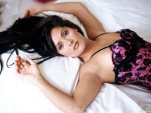 Hollywood Hot Beautiful Actress Salma Hayek