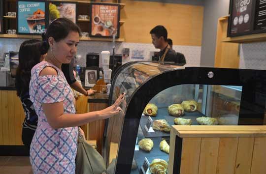 maxx coffee sediakan menu pengganjal perut