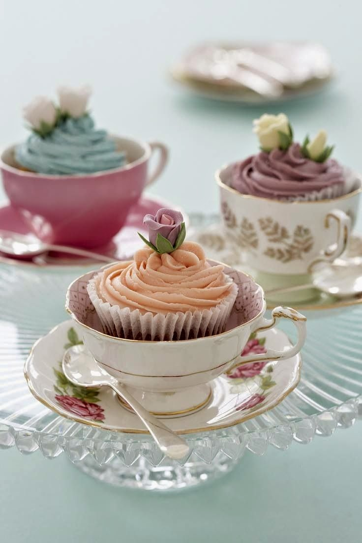 cupcakes in vintage tea cups