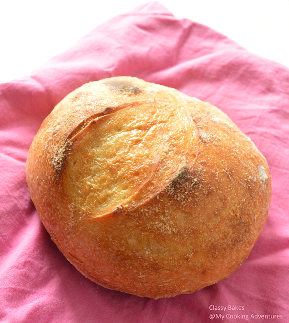 Boule organic artisan bread