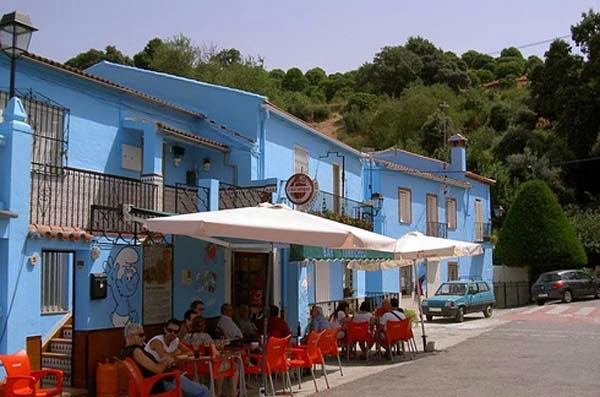 7.) Juzcar, Spain - Welcome To The 19 Most Charming Places On Earth. They're Too Perfect To Be Real.
