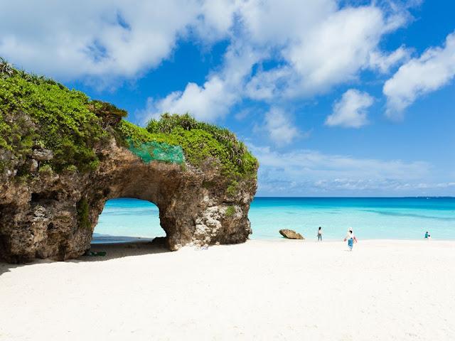 Top 5 bãi biển được yêu thích nhất ở Nhật Bản