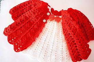 Abrigo rojo a crochet