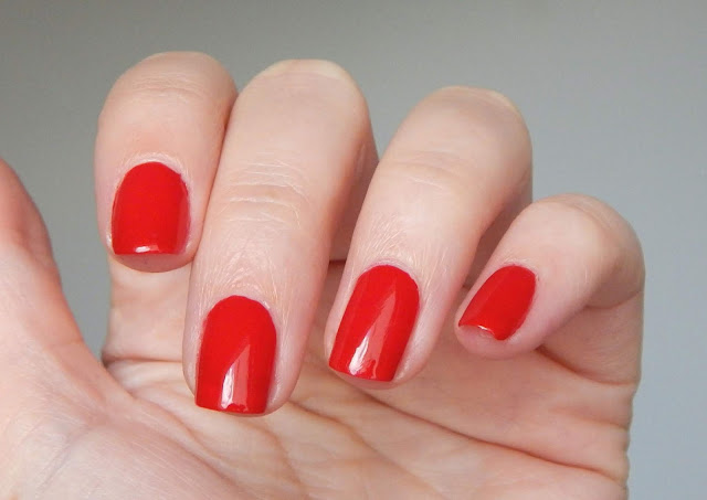 opi big apple red nah