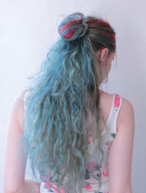 half-up hair bun