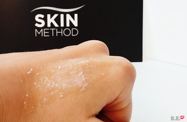 Skin-method-gel-exfoliante-enzimatico-granulos