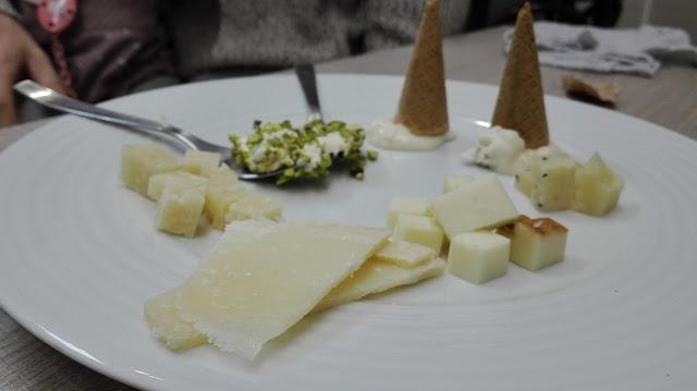 Degustación de queso italiano en Pasta Mito, Tusolovive Madrid