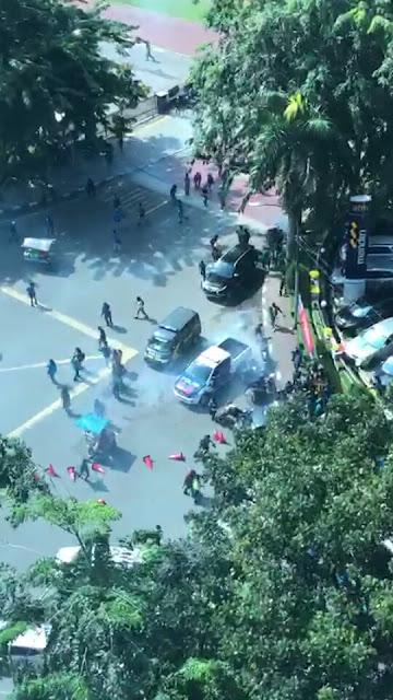 Minta Elit Politik Hentikan Isu SARA, Warga Demo DPRD Sumut