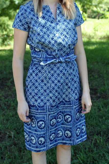 Kwik Sew 4154 - Mood Fabrics' border print