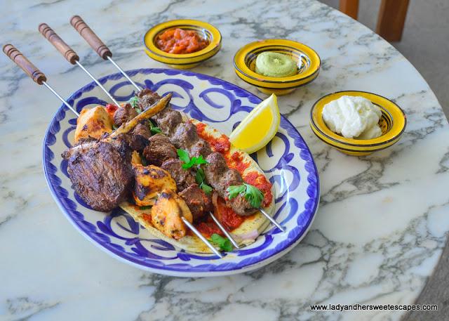 Al Maeda Mix Grill