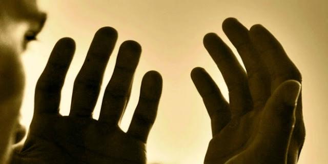 Rugi Kalau Cuma Shalat, Puasa, Dzikir Tapi Belum Melakukan Hal yang Disenangi Allah ini