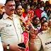 पांडुरंगाच्या महाद्वारात जनसमुदायासमोर पोलिस निरीक्षकाने केला आमदार भालके यांचा अवमान...  आमदार भारत भालके व पोलीस निरीक्षक साळोखे यांच्यात शाब्दीक चकमक...