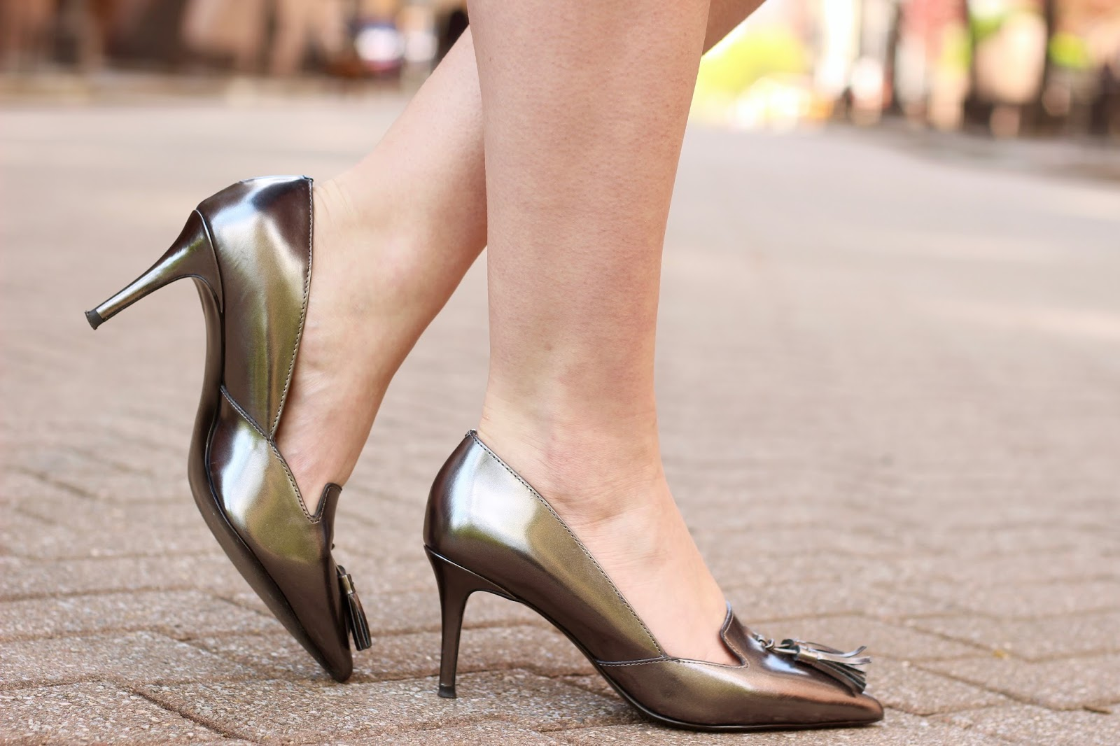 metallic banana republic heels