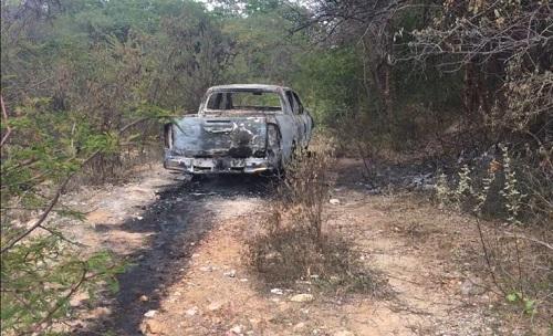 Resultado de imagem para O corpo do delegado foi encontrado carbonizado dentro de um carro entre os municípios de Tanhaçu e Anagé.