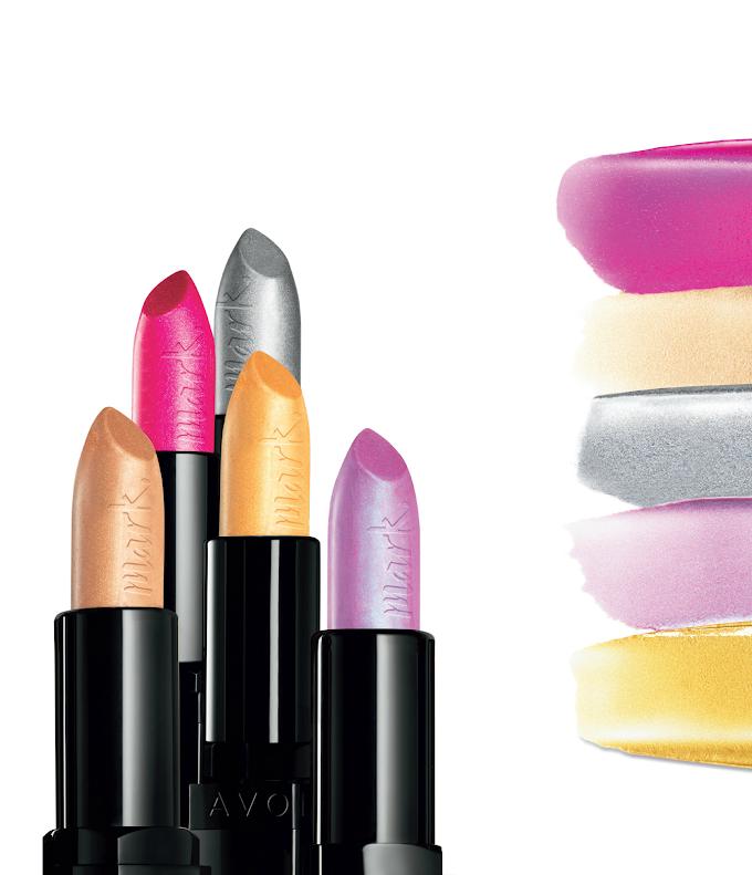 Avon revoluciona con sus labiales Epic y Transform