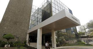 Algunos políticos incluidos en masiva filtración compraron bienes en Miami
