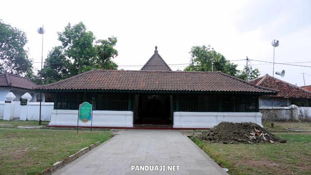 Mushola di Keraton Kasepuhan Cirebon