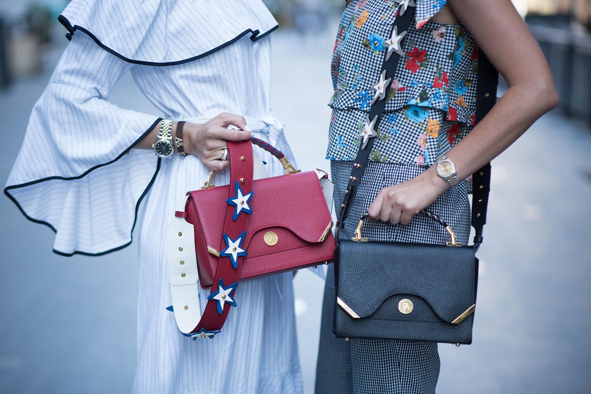 Online purse shopping