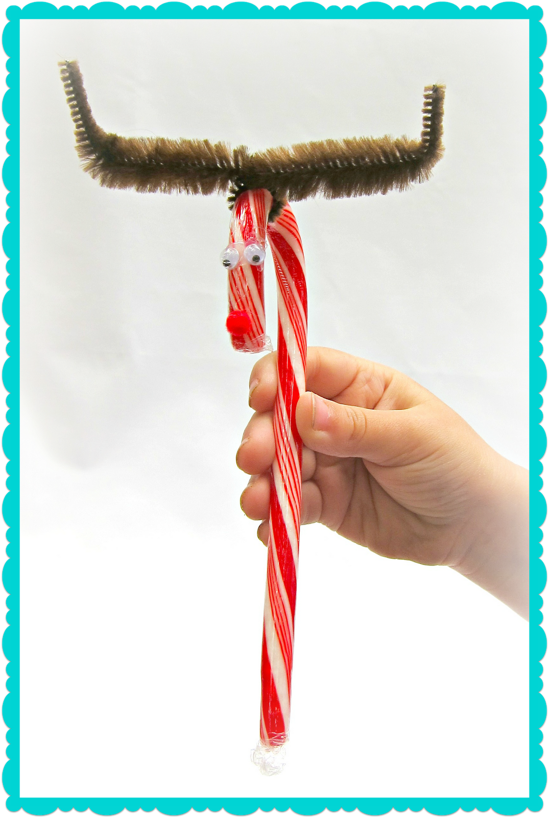 Candy Cane Hearts: Morena's Corner