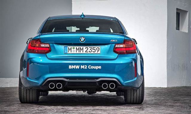 2016 BMW M2 Coupe Review Exteior Back